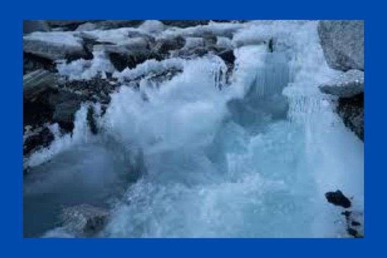 water freezes